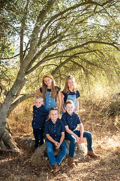 san_diego_custom_cabinets_sustainability_-_kids_in_forest