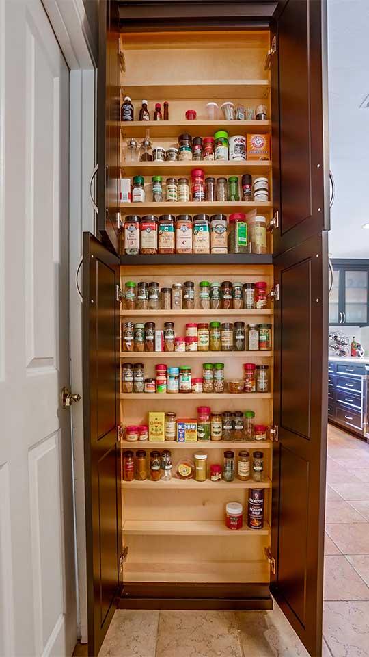 Alder-Espresso Stained Kitchen Cabinets