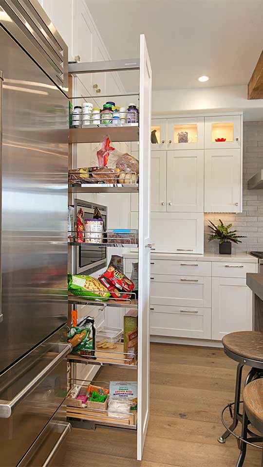Modern_Farmhouse_Cabinets_-_Kitchen_Tall_Pantry_Pull-Out
