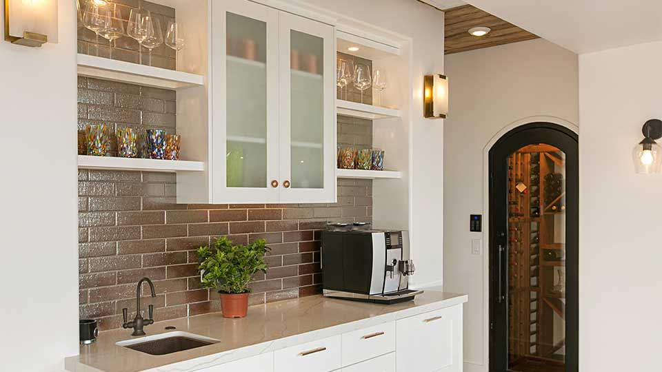 Modern_Farmhouse_Cabinets_-_Wet_Bar
