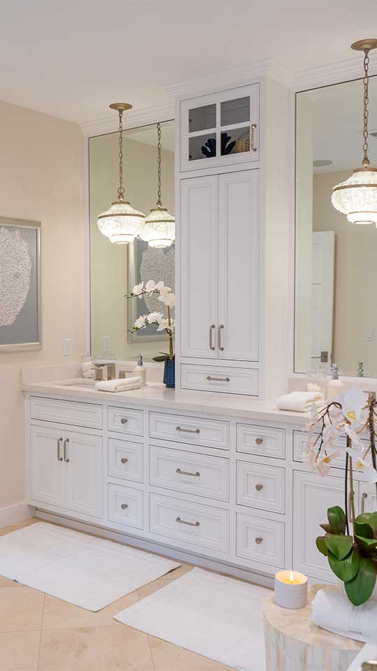 white_bathroom_cabinets